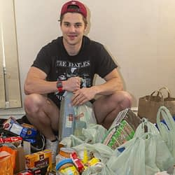Kitchen cleanup leads to 750-lb. food donation to London Food Bank by Oakville student