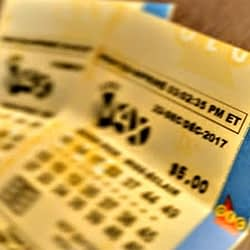 Oakville man celebrating big lottery win