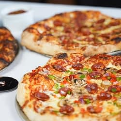 Brand new pizza joint now open in Oakville
