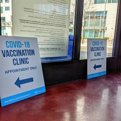 Hamilton expands vaccine program to 50+, high-risk health, 'cannot work from home' groups